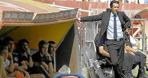 Unai Emery, en el banquillo sevillista en el Sánchez Pizjuán ante el Deportivo.