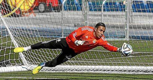 Keylor Navas es el único de los tres guardametas que permanece en la liga española.