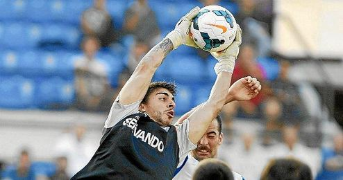 Xabi Irureta fue el portero menos goleado la pasada temporada en la Liga Adelante.