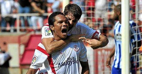 Bacca celebra un gol en el Sánchez Pizjuán.
