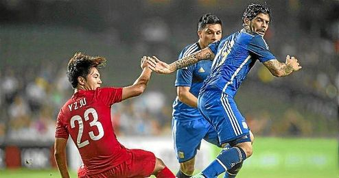 Banega, en un lance del Hong Kong-Argentina donde abrió el marcador y dio una asistencia.