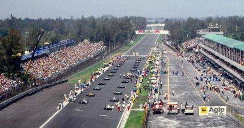 El circuito de México fue construido en un parque público.