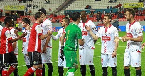 El Sevilla en su último partido copero ante el Racing de Santander.