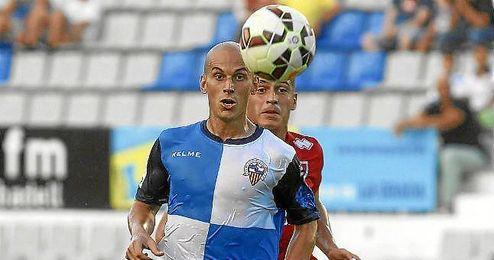 Hervás, durante un partido con el Sabadell.