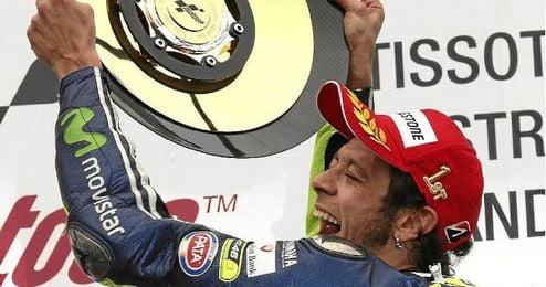 Rossi celebra su último triunfo en Australia.
