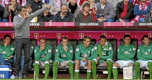 Robin Dutt, en el banquillo del Werder Bremen.