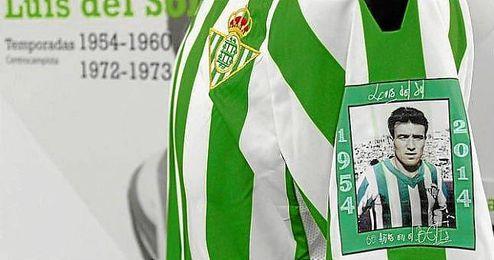 La manga izquierda de las camisetas verdiblancas tendrán la imagen del exjugador del Betis