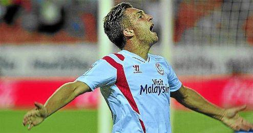 Deulofeu celebra su gol ante la Real Sociedad.