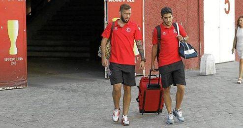 Jairo (derecha) junto a Aleix Vidal durante la pasada pretemporada.