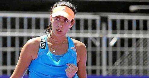 Garbiñe Muguruza venció a la francesa Alize Cornet por 6-3 y 7-5.