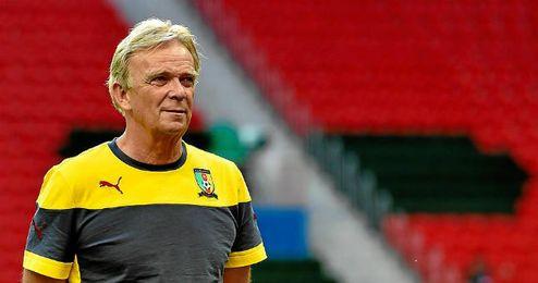 Volker Finke, seleccionador camerunés