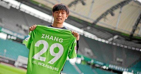Zhang en su presentación.