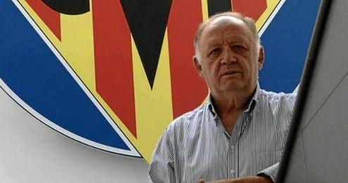 Llaneza es vicepresidente del Villarreal.