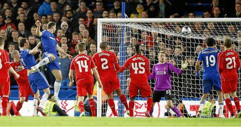 Ivanovic anotó el gol de la victoria
