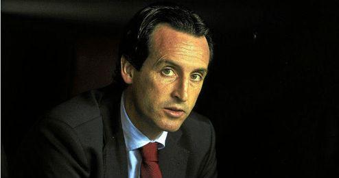 Emery bromeó con su posible marcha a la Serie A.