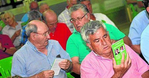 Las peñas béticas tendrán representación en los futuros órganos rectores del club.