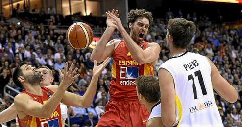 Espa�a y Alemania lucharon hasta la �ltima jugada.