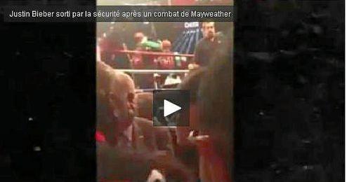 Bieber no pudo acercarse a felicitar al boxeador.