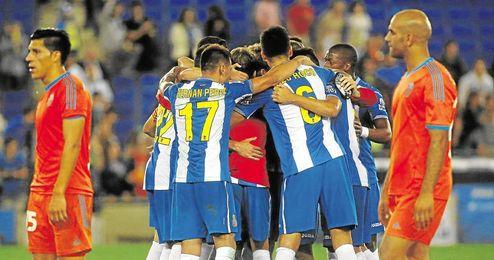 El Espanyol super� al Valencia.