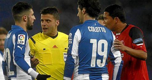Un total de cuatro encuentros ligueros del Sevilla ha dirigido el trencilla.