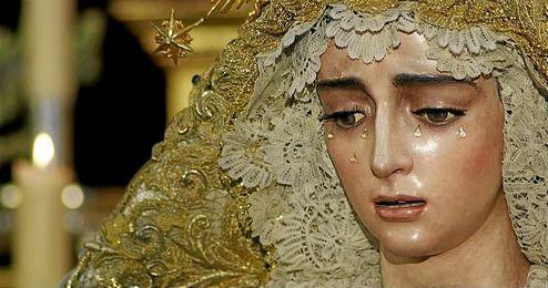 Será la cuarta dolorosa trianera coronada, después de la Esperanza de Triana, la Estrella y la Virgen de la O.