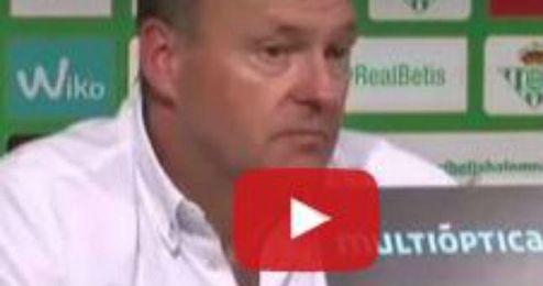 Pepe Mel, tras la derrorta del Betis ante el Deportivo de la Coru�a.