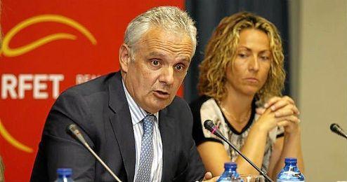 José Luis Escañuela sigue luchado tras se inhabilitado.