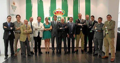 Imagen del nuevo consejo de administraci�n del Betis.