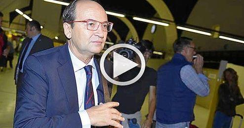 José Castro en el aeropuerto de San Pablo antes de salir hacia Turín.
