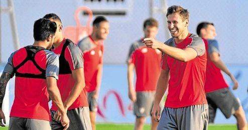 La agencia de Krychowiak espera la oferta del Sevilla.