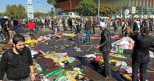 Imagen del lugar del atentado, dondo han fallecido al menos 20 personas.