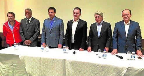 Jos� Castro participa en las jornadas �El f�tbol, la pasi�n del mundo�.