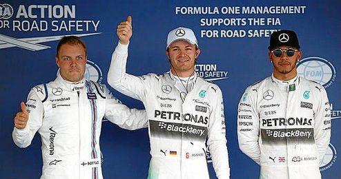 Rosberg, junto a Hamilton y Bottas en Sochi.