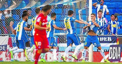 Salva Sevilla, de falta directa en el debut liguero ante el Getafe, marc� el primero de los cuatro goles a bal�n parado del conjunto perico.