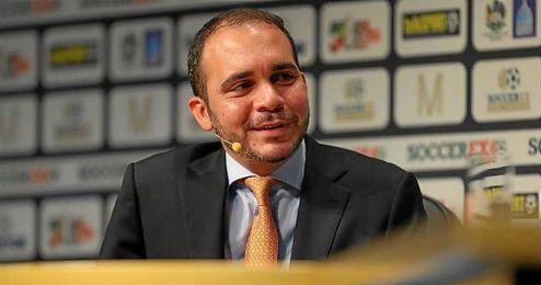 Ali Bin Al Hussein en una rueda de prensa.