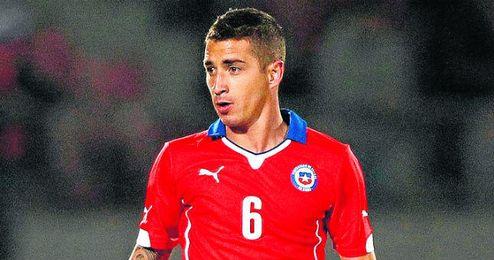 Carlos Carmona, con Chile.