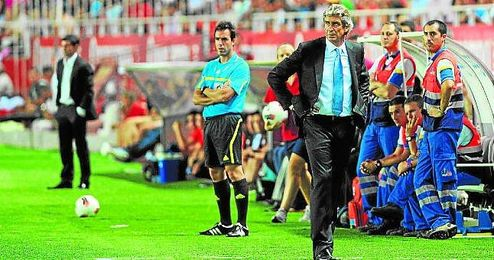 Pellegrini ha sido derrotado por el Sevilla con todos los equipos con los que se ha enfrentado a él (Villarreal, Real Madrid y Málaga).