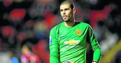 Víctor Valdés intentará abandonar el Manchester United en enero.