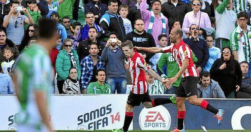 Muniain celebra su gol en el �ltimo Betis-Athletic disputado hasta ahora.