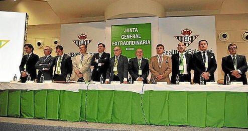 Imagen de la pasada junta extradionaria de accionistas.