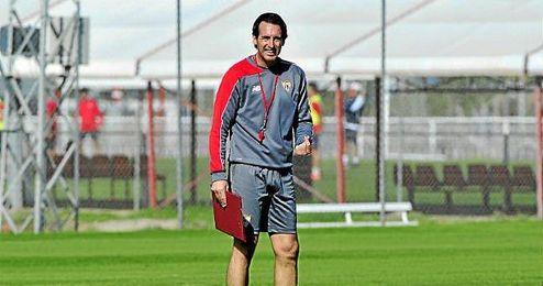 Unai Emery, en una sesión de entrenamientos.