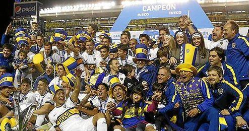 Los jugadores de Boca festejando el título.