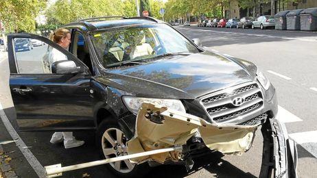 Ceballos, dentro del coche tras la colisión.