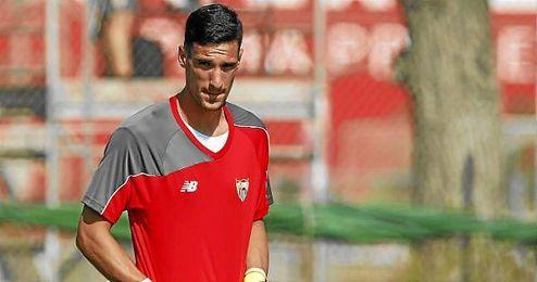 Sergio Rico espera tener la oportunidad de debutar con España.