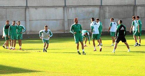 El equipo continúa preparando el encuentro del próximo fin de semana ante el Atlético de Madrid.