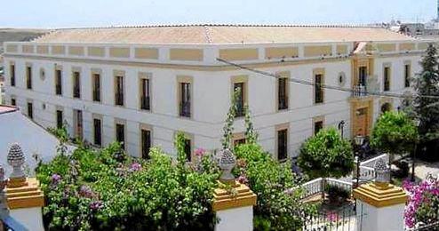 Imagen del ayuntamiento de El Viso del Alcor.