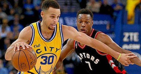 Curry volvió a ser el mejor de los Warriors.