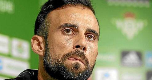 Molinero espera aprovechar los errores del Atlético este domingo.