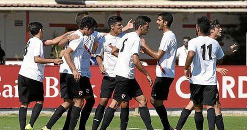 Lance del partido entre el Sevilla Atl�tico y el C�diz CF.