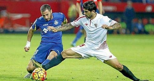 Banega, en un lance del Sevilla-Getafe de esta temporada.